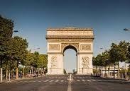 Paris capitale du luxe, dans la peau d'un fashionista !